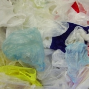 Plastične vrečke. Vir: Wikipedia