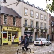 Poplavljena ulica. Vir: Wikimedia Commons